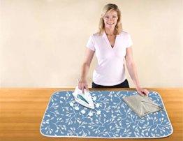 WENKO Dampf-Bügeldecke AIR Comfort Pro, Tischbügeldecke, hitzereflektierende Bügelunterlage, Baumwolle, 65 x 100 cm, blau - 1